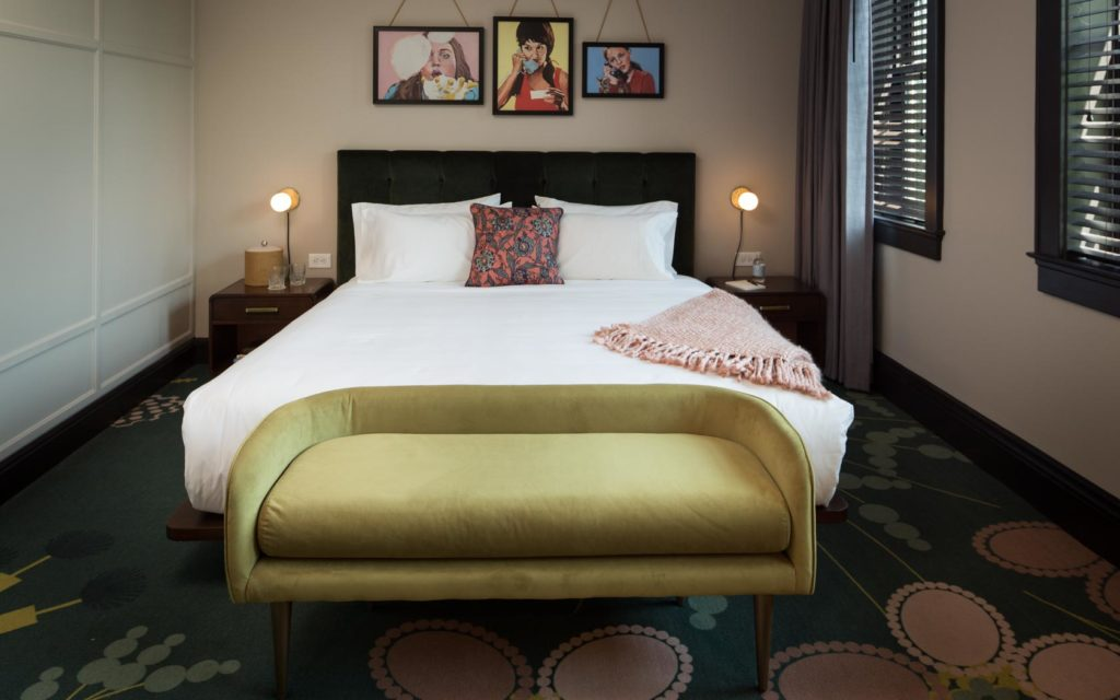 Hotel Clermont 13