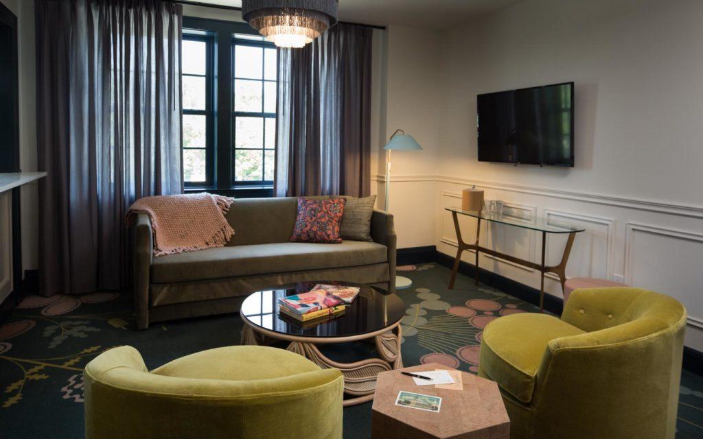 Hotel Clermont 16